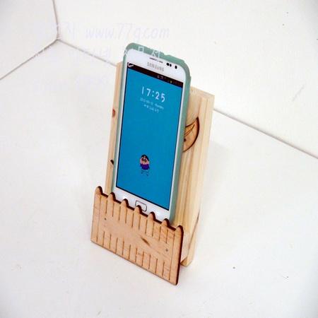 교육용 핸드폰 거치대 만들기 1~2 시간 작업 망치질