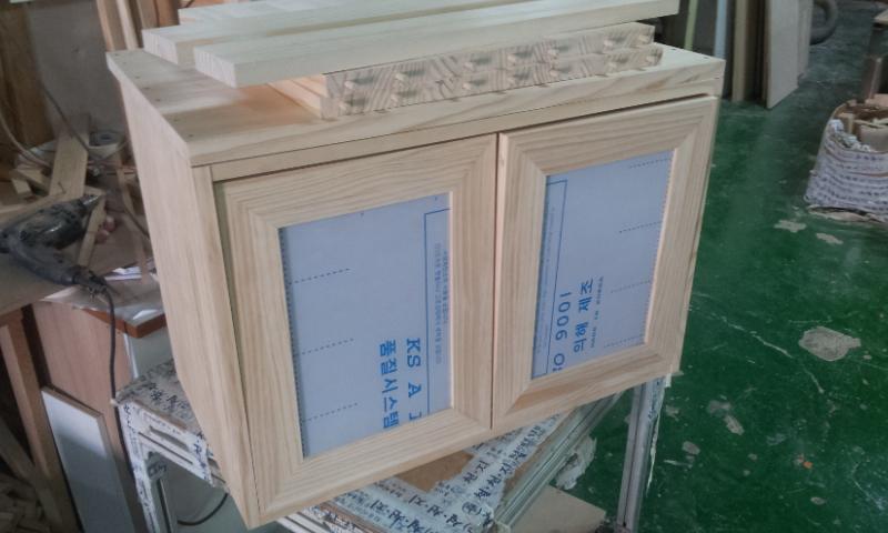 회원작품 - 철천지 - 첫작품~뉴질랜드 소나무로 만든 미니 그릇장