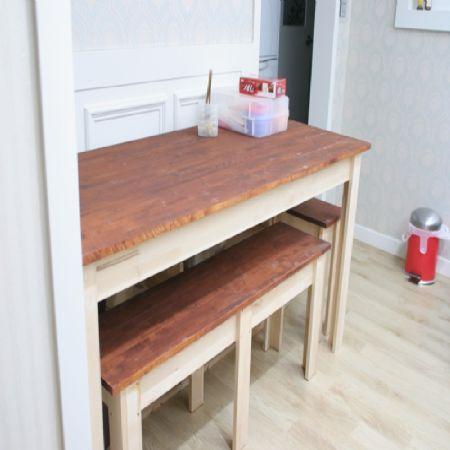 집성목으로 만든 식탁, 선반, 삼각선반, 벤치형 식탁의자