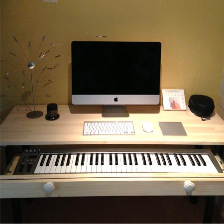 컴퓨터키보드 레일을 이용한 MIDI 컴퓨터 책상 만들기