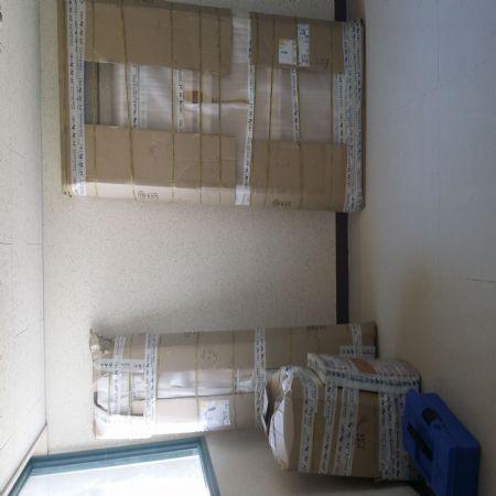 스프러스 집성목으로 만든 수납장