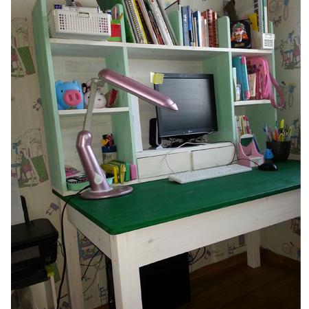 책장과 책상