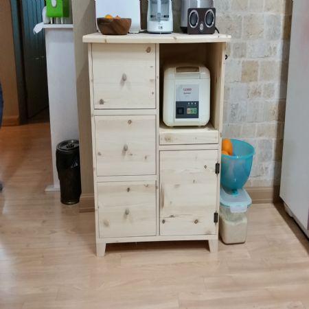 주방 수납장 및 책상