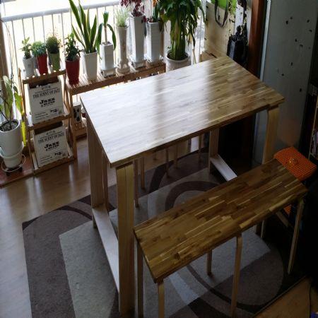 거실 6인용 식탁겸 테이블