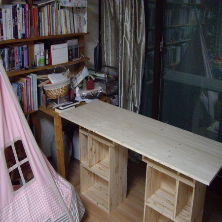 공간 박스를 이용한 작업용 책상