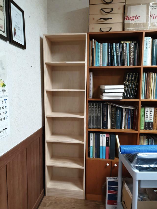 짜투리 공간을 위한 책장